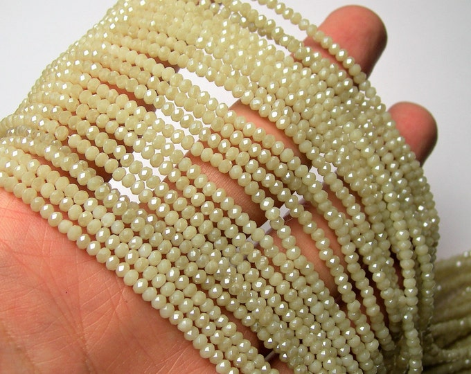 Crystal - rondelle  faceted 3mm x  2mm beads - 196 beads - AA quality - beige - CAA2G192
