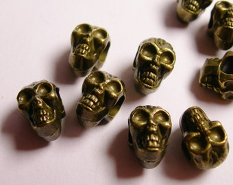 Skull beads- brass color - hypoallergenic- 12 pcs - drill sideway - big hole - ZAB10