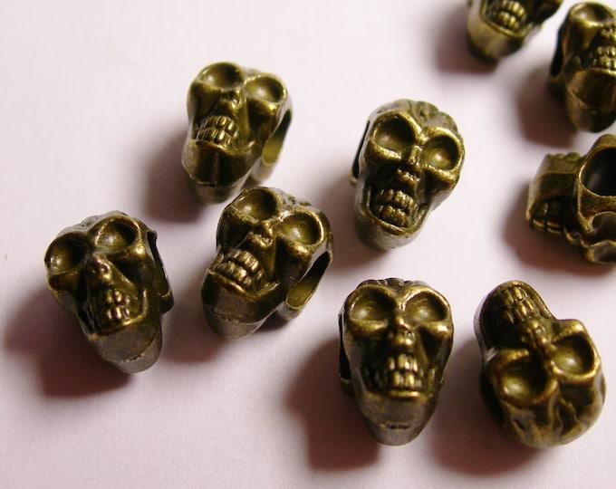 Skull beads- brass color - hypoallergenic- 12 pcs - drill sideway - big hole - ZAB10