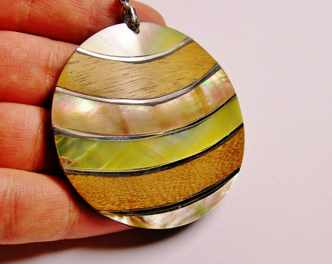 Wood and mother of pearl Shell pendant focal cabochon 1 pcs bail included, SP-24
