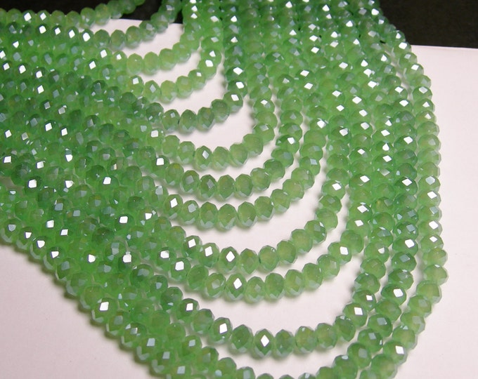 Crystal faceted rondelle - 98 beads - 6 mm - AA quality - sparkle light green - full strand - CBFB20