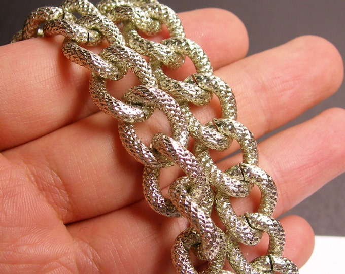 Steel chain - lead free nickel free won't tarnish - 1 meter - 3.3 feet - aluminum chain - Textured  - NTAC92