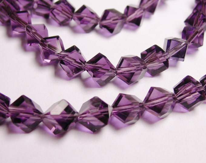 Crystal faceted cube  -  70 pcs - full  strand - 6 mm - A quality - amethyst color  - corner drill