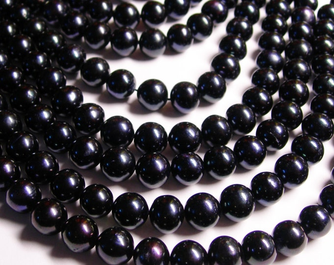 Fresh water  Pearls 9mm - full strand - 43 beads/pearl - dark blue