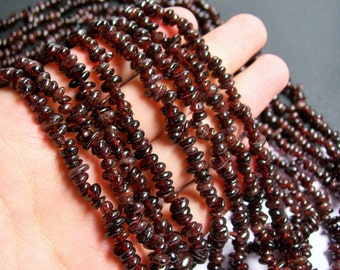 Garnet - chip stone pebble beads - 36 inch strand  - red garnet  - PSC228