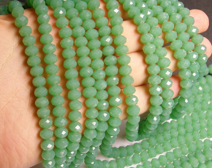 Crystal faceted rondelle - 69 pcs - 8 mm - A quality - full strand - green - GSH39