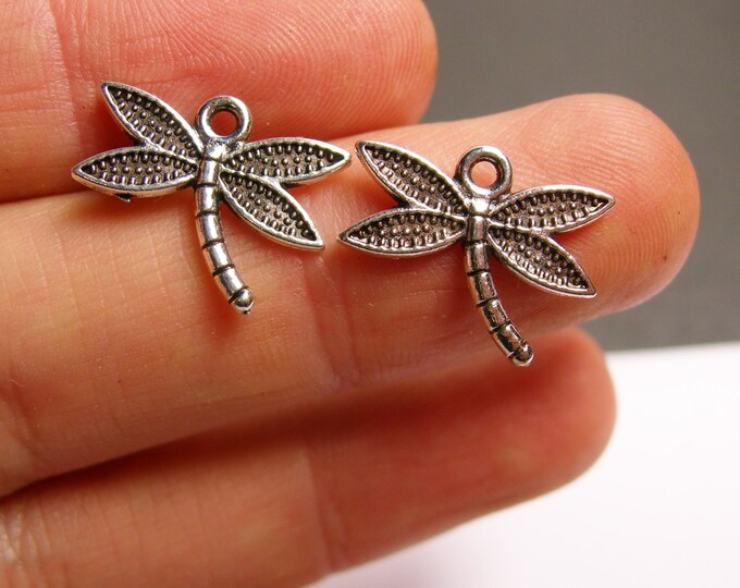 24 dragonfly charms - 24 pcs - dragonfly silver tone charms - ASA131