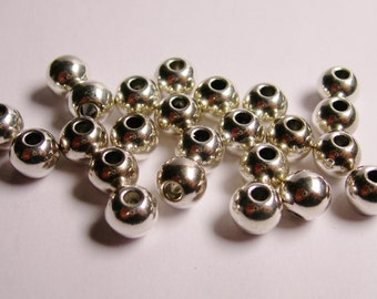 40 silver beads - 7mm round beads - hypoallergenic  -  ASA18