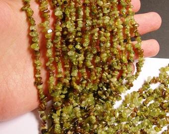 Grossular Garnet - bead - full strand  - chip stone - A quality - 4mm - NRG55