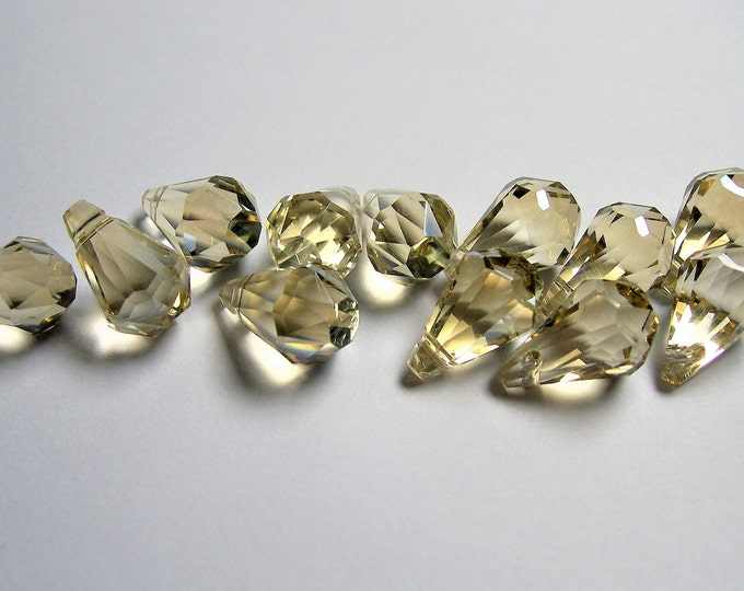 Crystal briolette  - 12 pcs - 9mmx14mm - top sideways drill - Faceted teardrop crystal  beads - topaz - CBC9