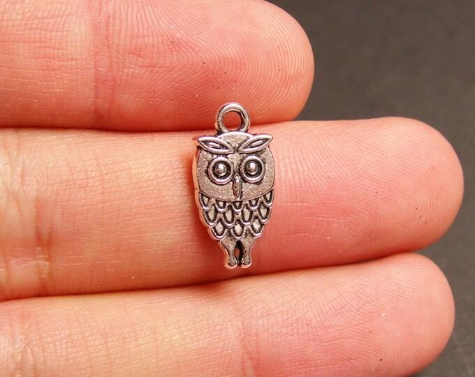 50 Owl charms - silver tone Owl charms - 50 pcs - ASA46