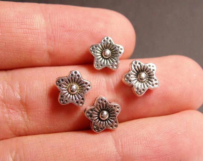 24 star flower - hypoallergenic -  24 engraved silver tone star beads - Tibetan antique silver -   ASA52