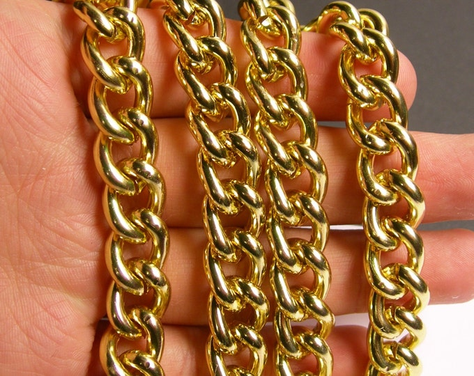 Gold chain -  gold twisted chain - 1 meter - 3.3 feet - aluminum chain - NTAC135