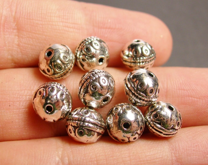 12 antiqued silver beads -  12 pcs - antique tibetant silver tone beads - ASA79