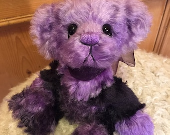 PRISSY: a handmade artist teddy bear from Jazzbears