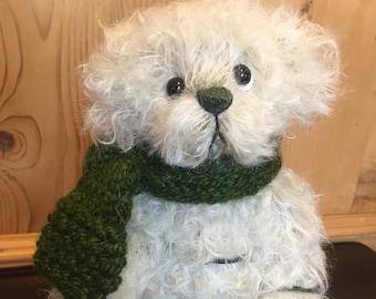 WINTER LOVE: a handmade jointed teddy bear from Jazzbears