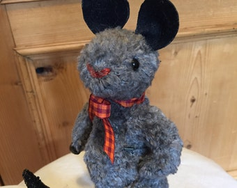 RAT A. TUDE: a handmade jointed collectable rat from Jazzbears