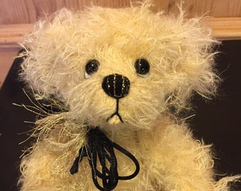 GOLDIE: a handmade jointed teddy bear from Jazzbears