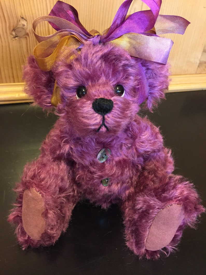 BUTTONS AND BOWS: a handmade jointed teddy bear from Jazzbears image 0