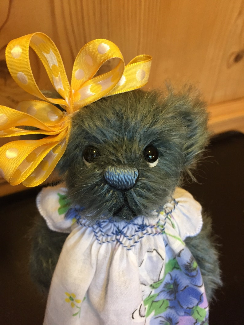 AMY LOU: a handmade jointed teddy bear from Jazzbears image 0