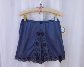 Bloomers S Charcoal Navy Blue Glam Garb Handmade USA Hand-Dyed Vintage Knickers Retro Pettipants Romantic Panties Feminine Sleepwear Boudoir