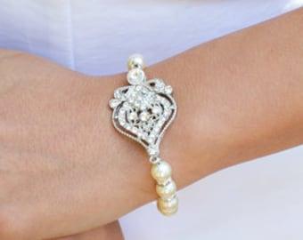 bridal pearl and crystal Bracelet, Statement Bridal Bracelet, Bridal Cuff, Wedding Rhinestone Bracelet, swarovski crystal bracelet, STELLA