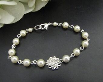 pearl Bracelet swarovski crystal Bridal Bracelet Bridal Cuff Wedding Rhinestone Bracelet simple pearl bracelet vintage style pearl JENNA