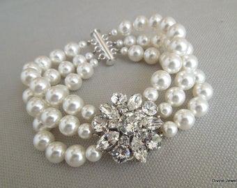 pearl and crystal Bracelet, Statement Bridal Bracelet, Bridal Cuff, Wedding Rhinestone Bracelet, ivory swarovski pearl bracelet, SAVANNAH