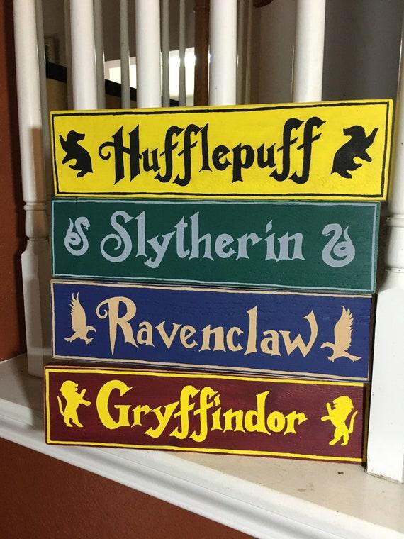 "Complete Set of 4 Harry Potter Hogwarts House 5/"" x 12/"" Wood Carved Signs"
