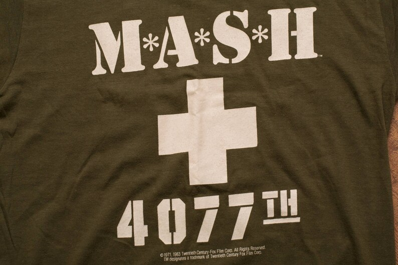 a4d5920a 80s MASH 4077th T-Shirt 20th Century Fox Graphic Tee Vintage | Etsy