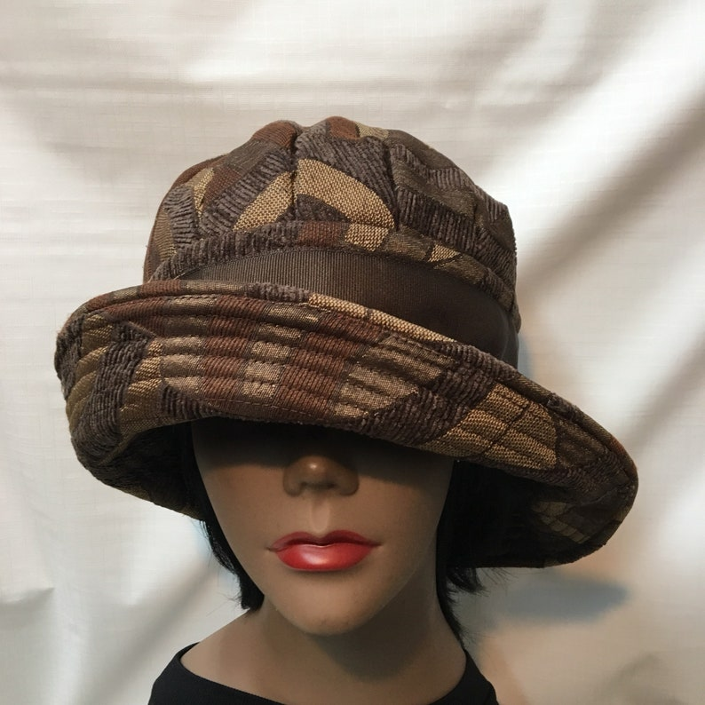 4447b3d0 Brown Pleated Wide Brim Hat Head Size: 23-1/2 Medium | Etsy