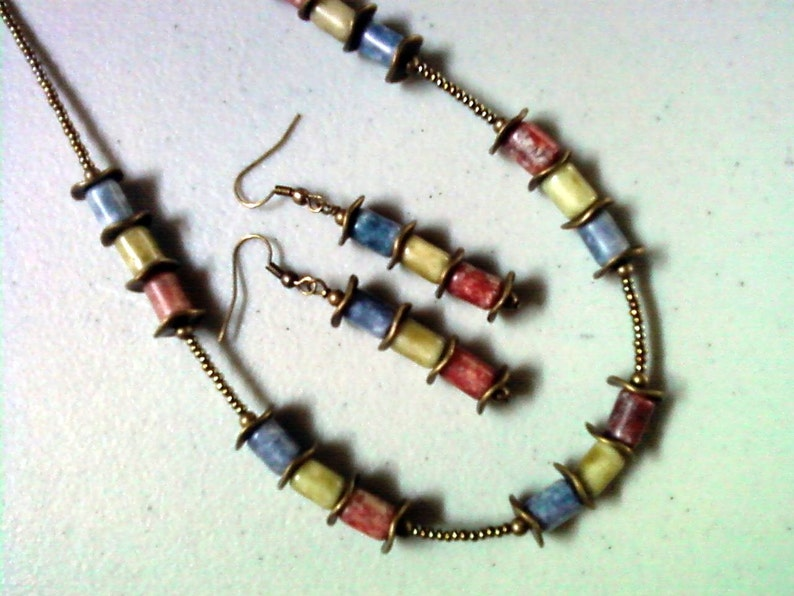 Olive and Red Necklace and Earrings 1285 Blue