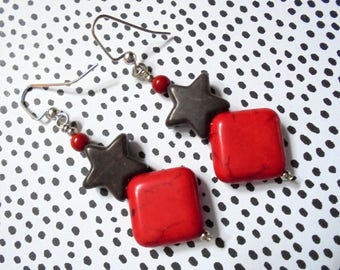 Red and Black Star Earrings (3780)