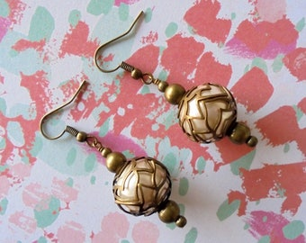 Pearl and Brass Earrings (4256)