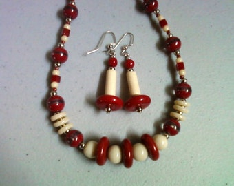 Red, Cream and Silver Necklace and Earrings (0799)