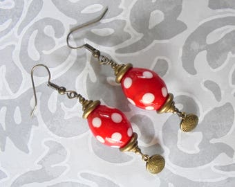 Red and White Spotted Ethnic Earrings (4067)