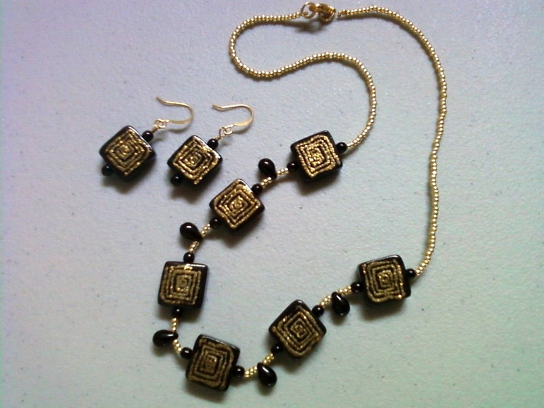 0227 Black and Gold Geometric Design Necklace and Earrings