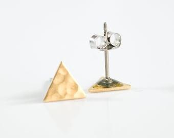 Triangle Stud Earrings, Geometric Earrings, Triangle Studs, Modern Earrings, Minimalist Earrings, Triangle Jewelry, Geometric Stud Earrings