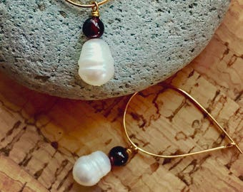 Freshwater Pearl and Garnet Gold Teardrop Hoop Earrings