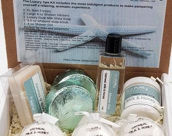 Luxury Spa Kit Oatmeal, Milk & Honey - 3 XL Bath Fizzies, 3 Shower Steamers, 1 3.5 oz Whipped Soap Scrub, 1 Luxury Soap, 1 Shower Gel