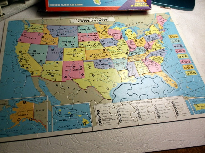 US Puzzle Vintage 1993 United States Map Puzzle by Milton Bradley with  World Map on Reverse side Puzzle Pieces cut like states