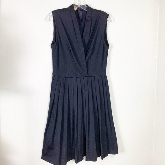 Vintage Leslie Fay Black 1960s Dress.