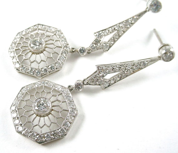 Exquisite Art Deco Platinum Diamond Drop Earrings-