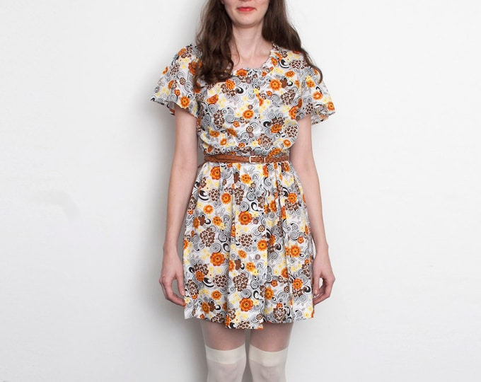 60s floral Mini Dress deadstock vintage shirtdress front buttons
