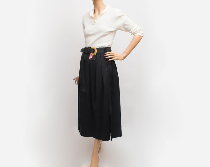 NOS Vintage black long Skirt with belt