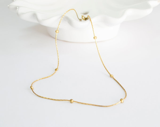 Vintage necklace chocker golden chain with golden beads