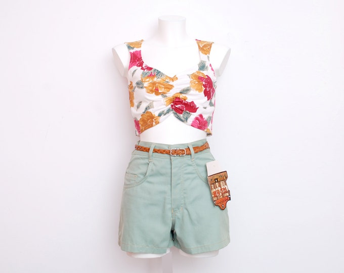 Dead stock Vintage Denim Shorts pastel green high waist Size S