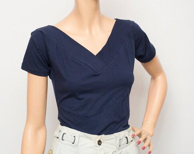 NOS vintage blue Vneck top tshirt size M
