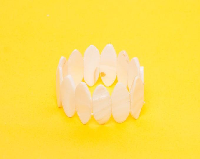 Dead stock 80s bracelet white Nacre
