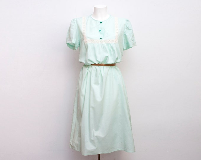 Nos vintage 60's nightgown green Size S M